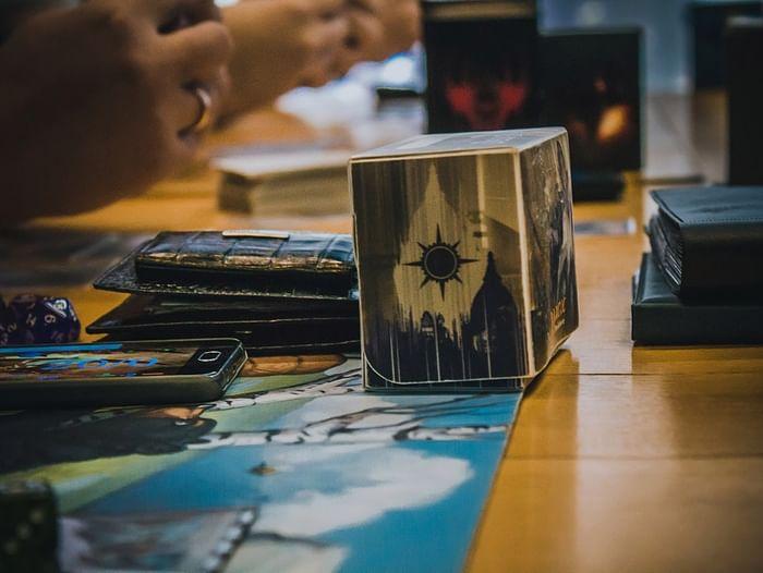 Интеллектуальные игры Magic: The Gathering