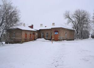 Верхнекарабутский сельский клуб