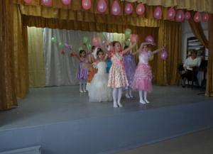 Сельский клуб поселка Комсомольский