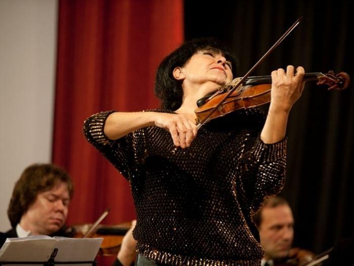 Концерт Лианы Исакадзе и камерного оркестра B-A-C-H
