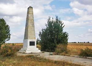Памятник Семену Воронцову на месте Кагульской битвы