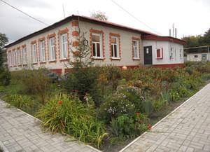 Казачье-Лисичанский сельский клуб
