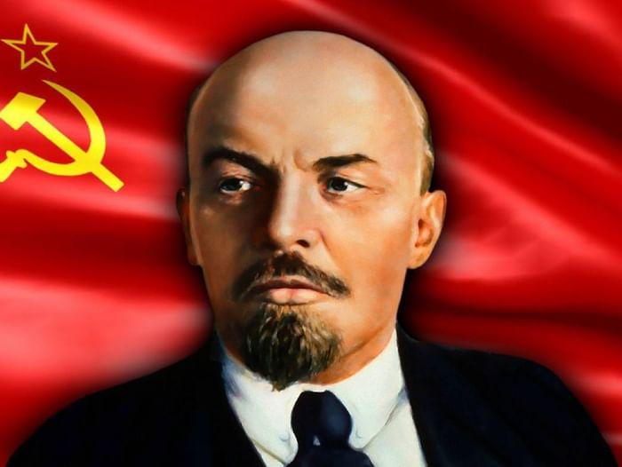 Выставка «Есть у революции начало»