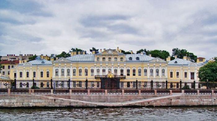 Шереметевский дворец – Музей музыки