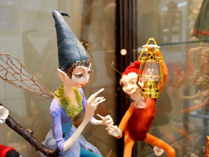 Выставка кукол «Под небом голубым»