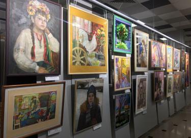 Выставка «Талантливый педагог − талантливый ученик»