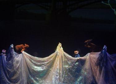 Спектакль «Обинушка, царица Обская»