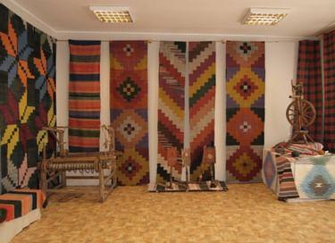 Выставка «Промыслы и ремесла Шадринского края»