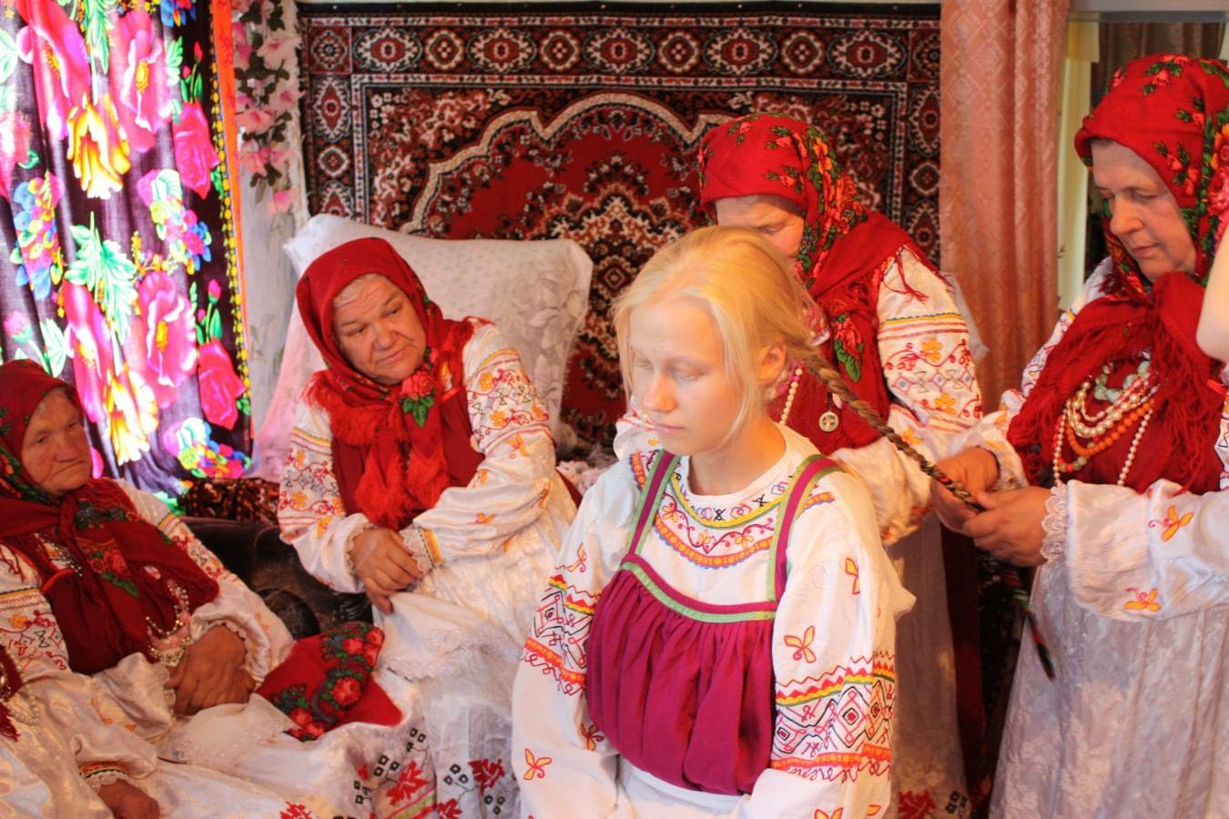 парням, картинки с традициями русского народа высоком ключе нередко