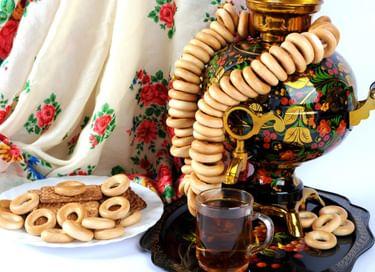 Игровая программа «Чай пьёшь – до ста лет проживёшь»