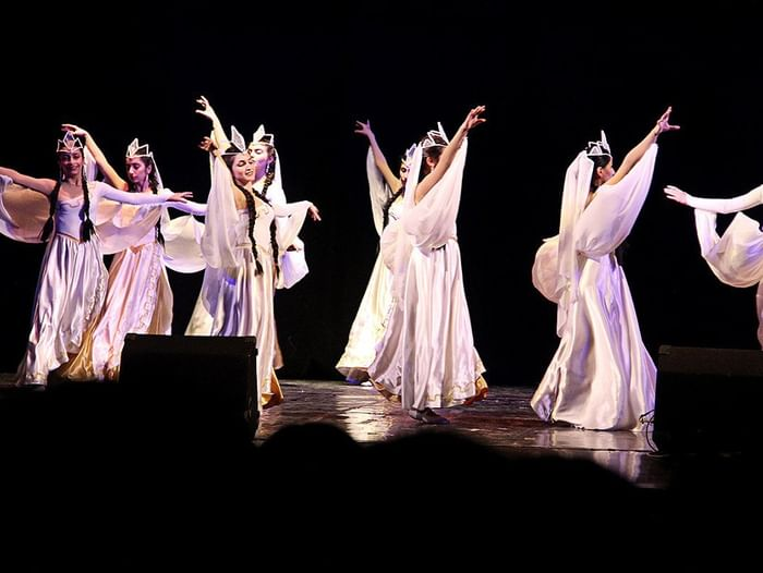 Музыкальный вечер «Я солнцем налитой язык моей Армении люблю…»