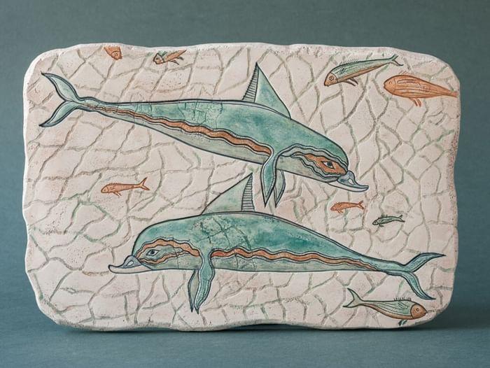 Занятие по росписи древнегреческого рельефа «Дельфины»