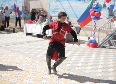 Концерт «Мастера сцены жителям Дагестана»