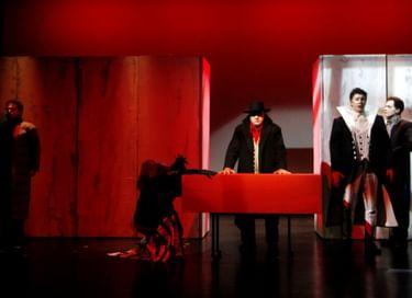 Спектакль «Сердца и ножи»