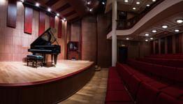 Прямая трансляция 17 ноября, в19:00. Камерный зал Филармонии