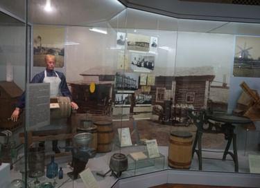Выставка архивных документов «Картина маслом»