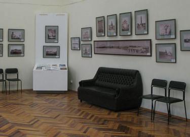Выставка «Думы и фантазии»