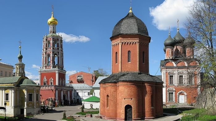 Высоко-Петровский ставропигиальный мужской монастырь в Москве
