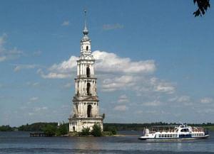 Колокольня собора Николая Чудотворца в Калязине