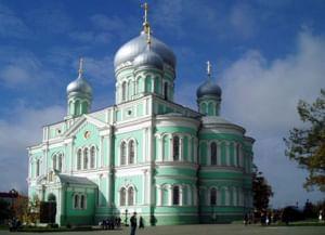 Собор Троицы Живоначальной в Троицком Серафимо-Дивеевском монастыре в Нижегородской области