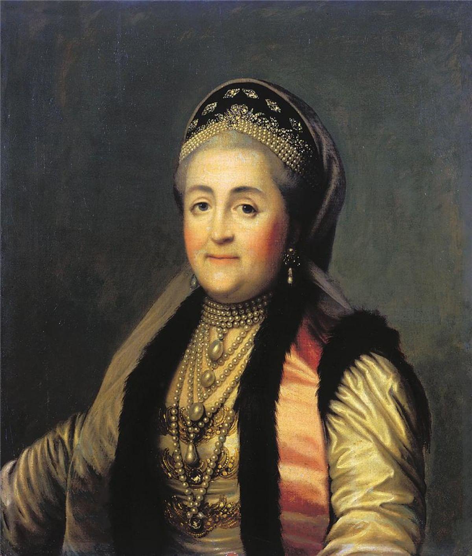 Женский костюм. Царица