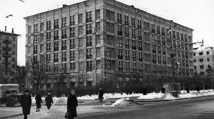 Крупноблочный жилой дом на Ленинградском проспекте, 27