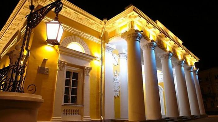 Здание бывшей Гауптвахты