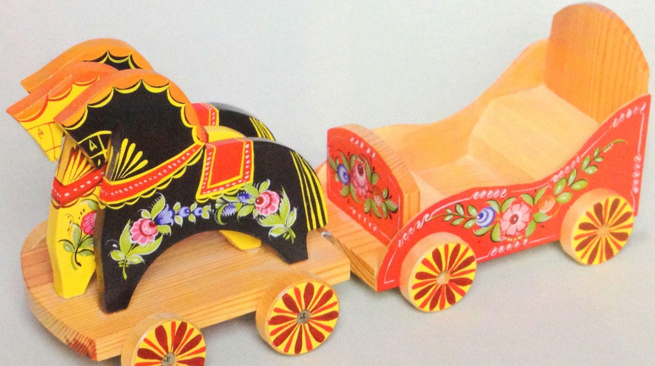 Детская городецкая: история городецкой деревянной игрушки
