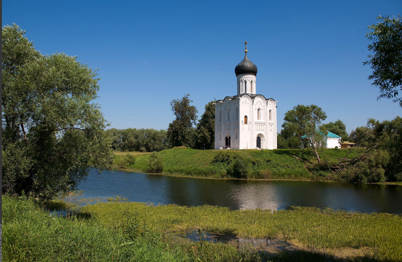 Храм Покрова </div>на Нерли в селе Боголюбово