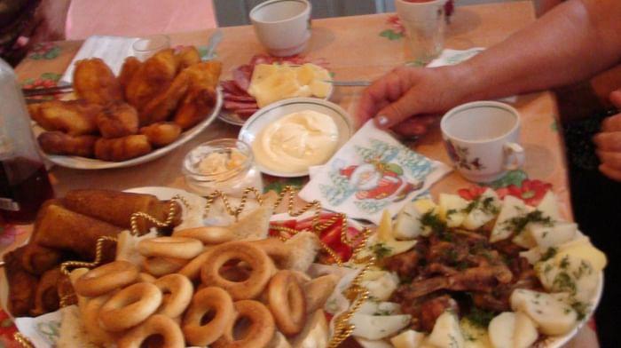 Традиционная праздничная трапеза духоборов Ростовской области
