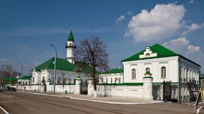 Первая соборная Мечеть Марджани в Казани