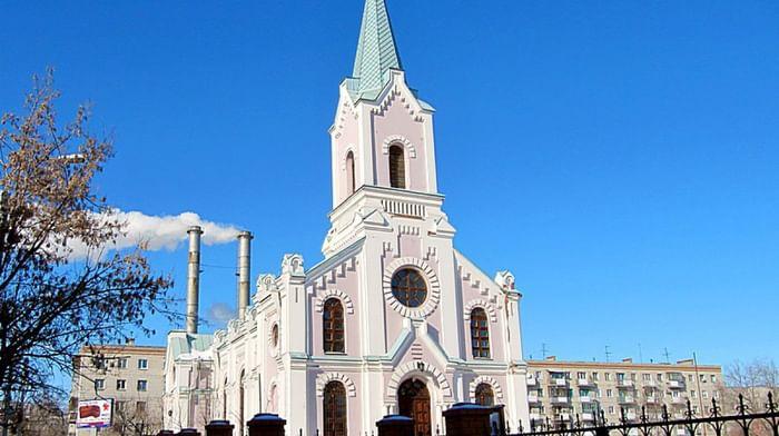 Храм св. Николая Мирликийского в Волгограде