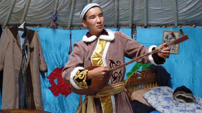 Традиция теленгитских эпических песен