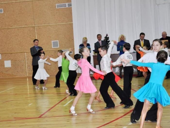Областной турнир по спортивным бальным танцам «Звёздочки Белогорья»