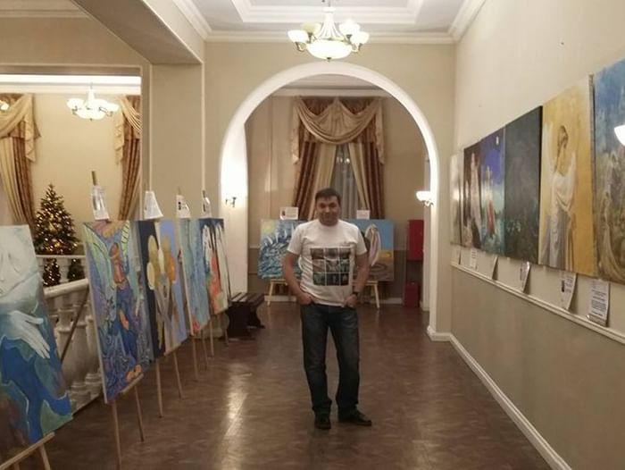 Выставка картин арт-проекта «Ангелы мира»