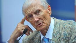 В Москве пройдет фестиваль в честь 85-летия Евтушенко