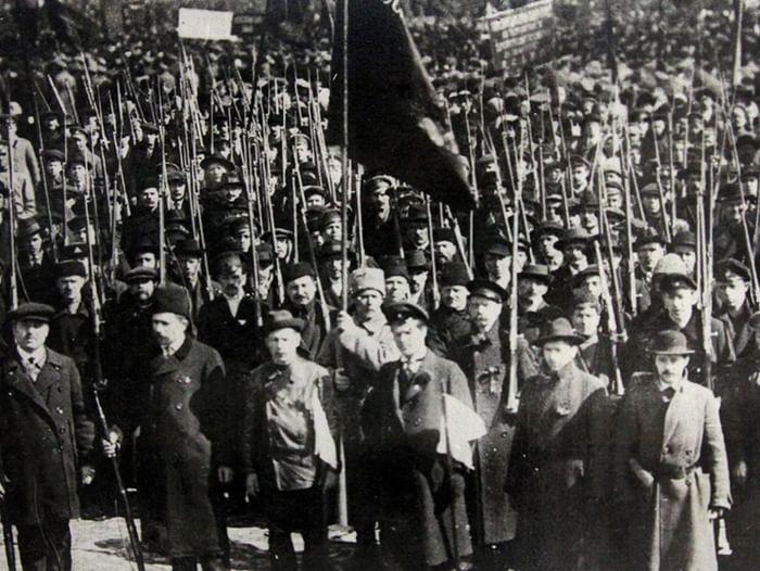 Выставка «Взрыв. Первый день революции»