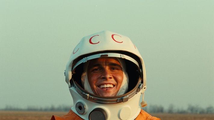 Гагарин Первый в космосе  Википедия