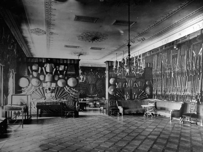 Экскурсия «Фонтанный дом. Жизнь дворца. Революция. Возрождение»