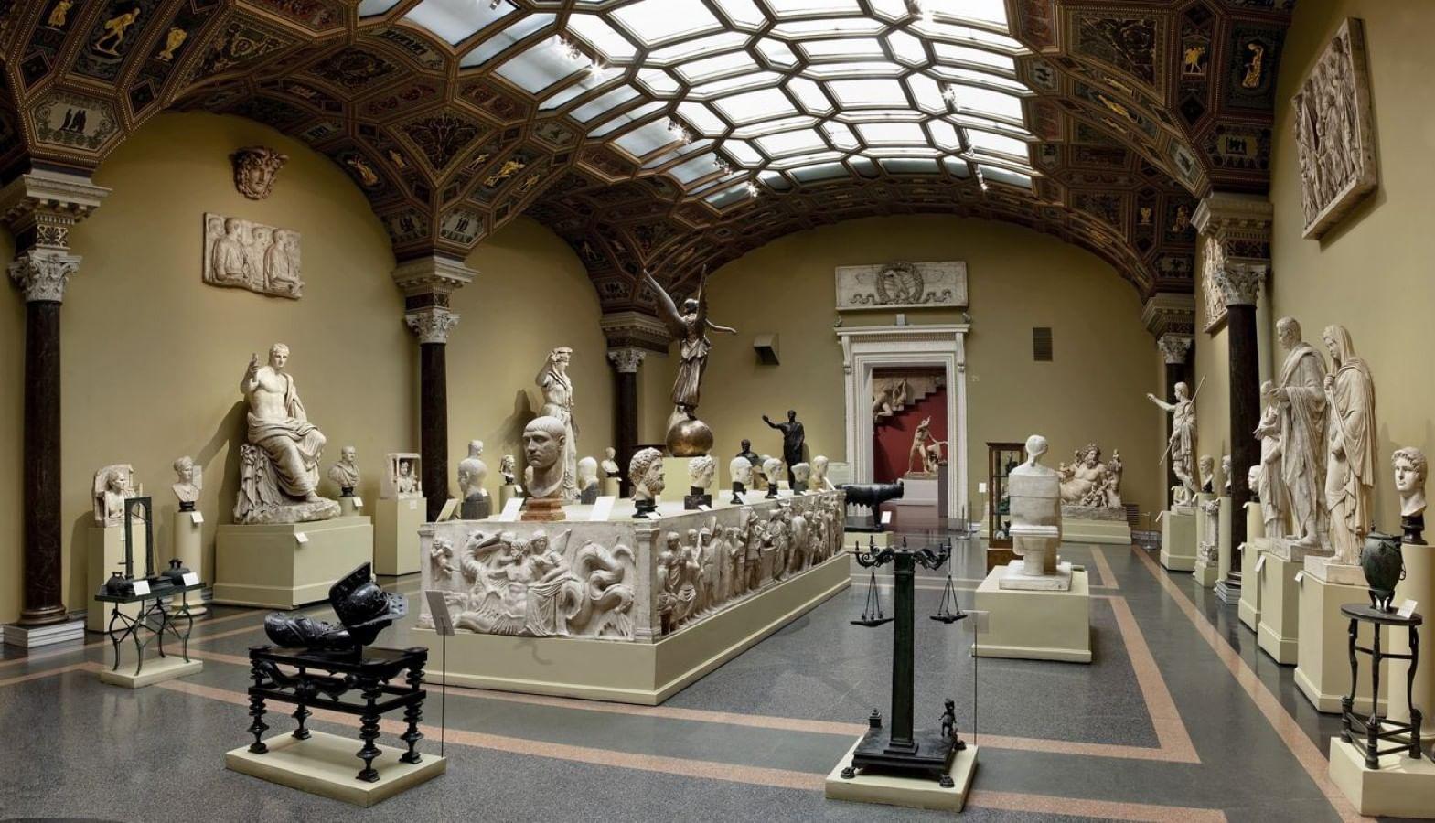 Картинки по запросу Пушкинский музей музей москва
