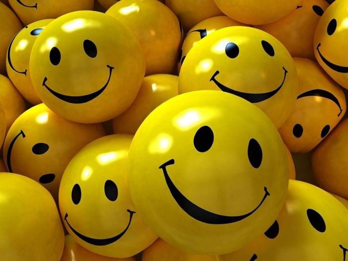 Конкурсно-игровая программа «Жить без улыбки – просто ошибка!»