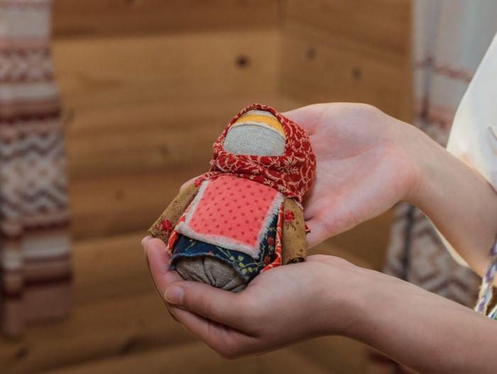 Занятие «Куклы из бабушкиного сундука»