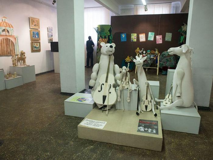 Выставка «Тайны кукольного закулисья»