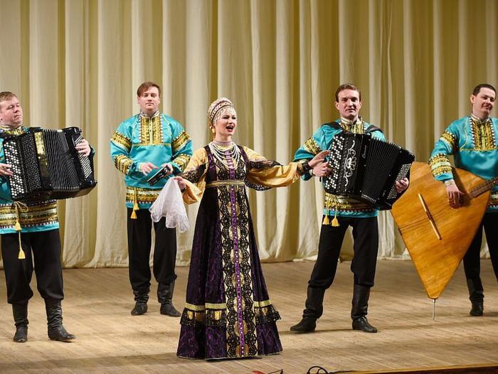 Концерт Оренбургского государственного академического русского народного хора