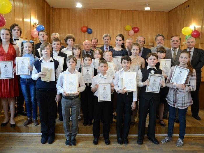VI Всероссийский открытый конкурс юных исполнителей на духовых и ударных инструментах «Серебряные трубы»