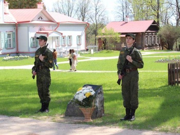 Праздник Победы в Абрамцеве
