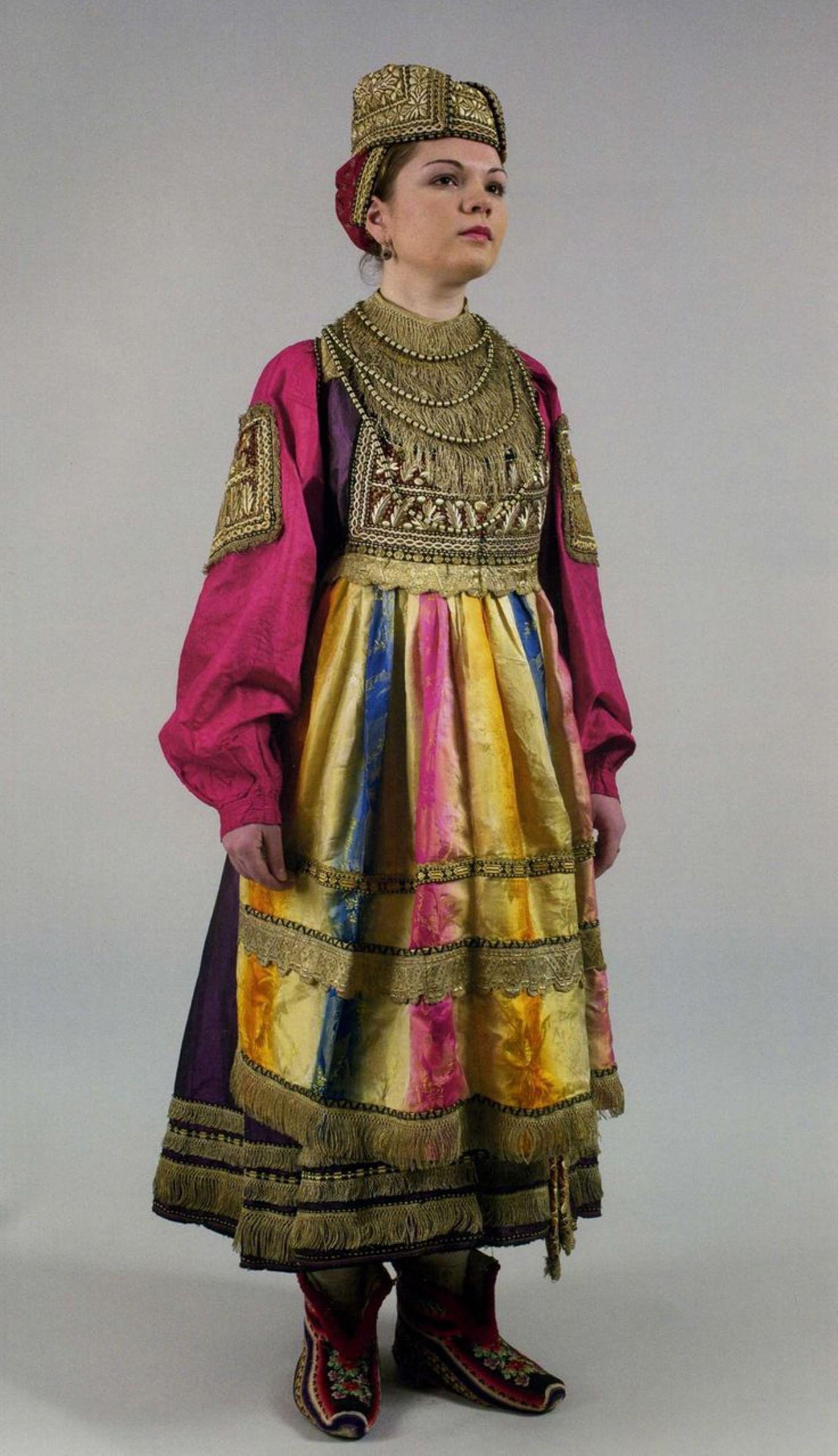 Смотреть фото замужних русских женщин фото 183-940