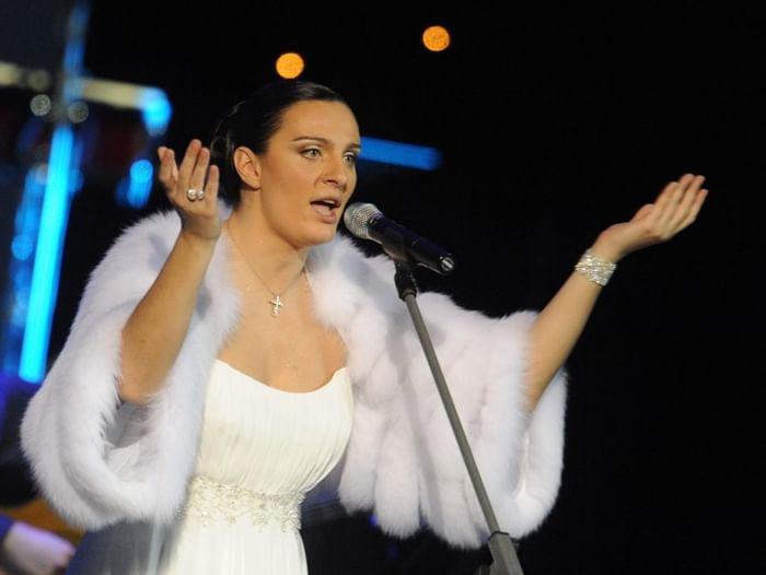 Музыкальная гостиная «Королева»