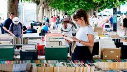 В Санкт-Петербурге открылся фестиваль «Книжные аллеи»