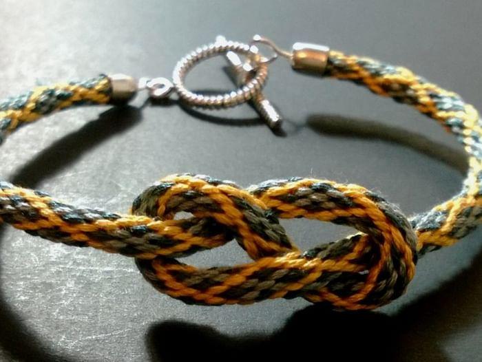 Мастер-класс по плетению браслетов в технике кумихимо